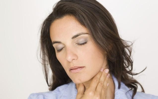 operacje laryngologiczne gardło